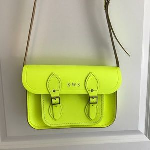 THE CAMBRIDGE LEATHER SATCHEL in Neon Green/Yellow